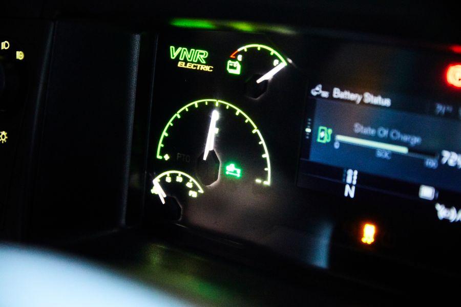 VNR Electric, панель приборов, датчики