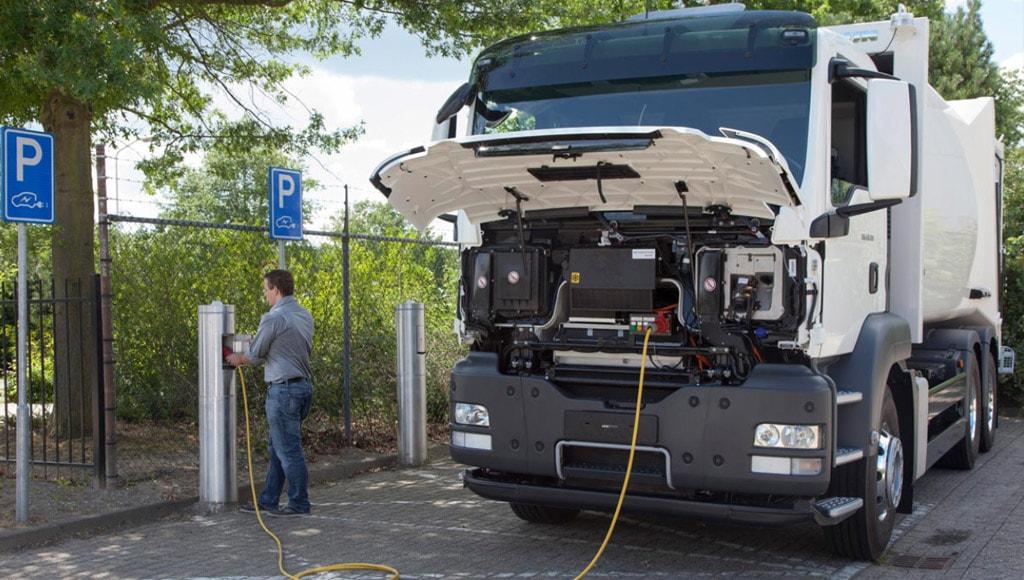 Станция подзарядки грузовых электромобилей от Penske